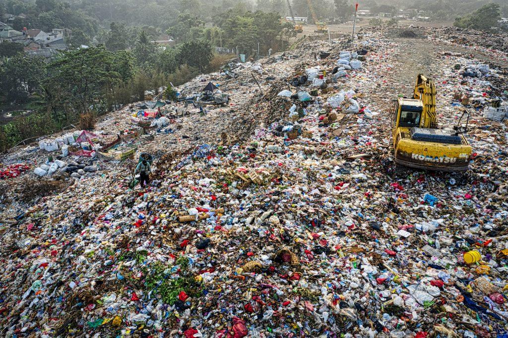 Huge mountain of plastic waste in UK